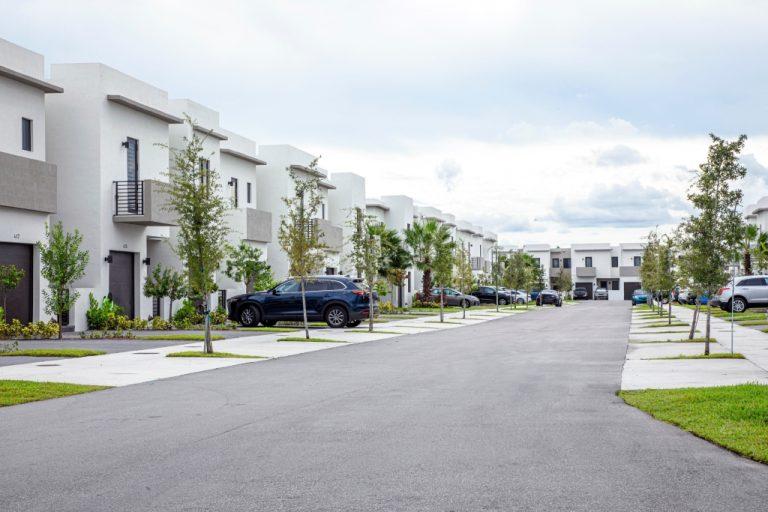 Dicas para intensificar a segurança em condomínios